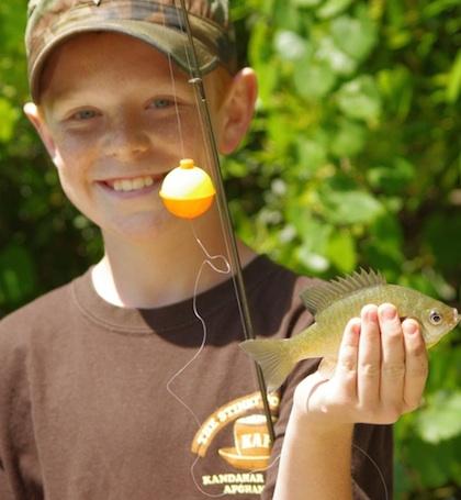 Horgászás, gyerek, hallal