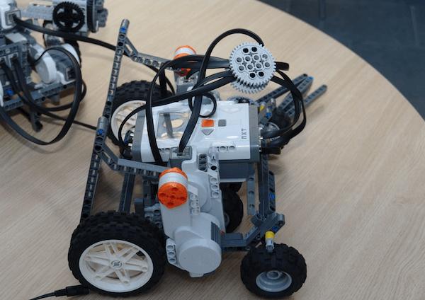 robot építés