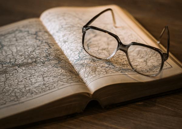 történészet, térkép, férfias hobbi családapa