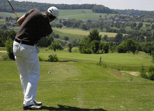 golfozás