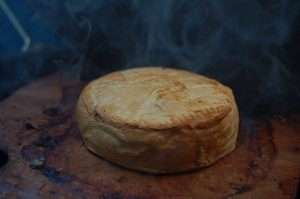 grillezett camembert sajt
