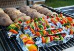 grillezett zöldségek gombával, kukoricával, cukkinivel